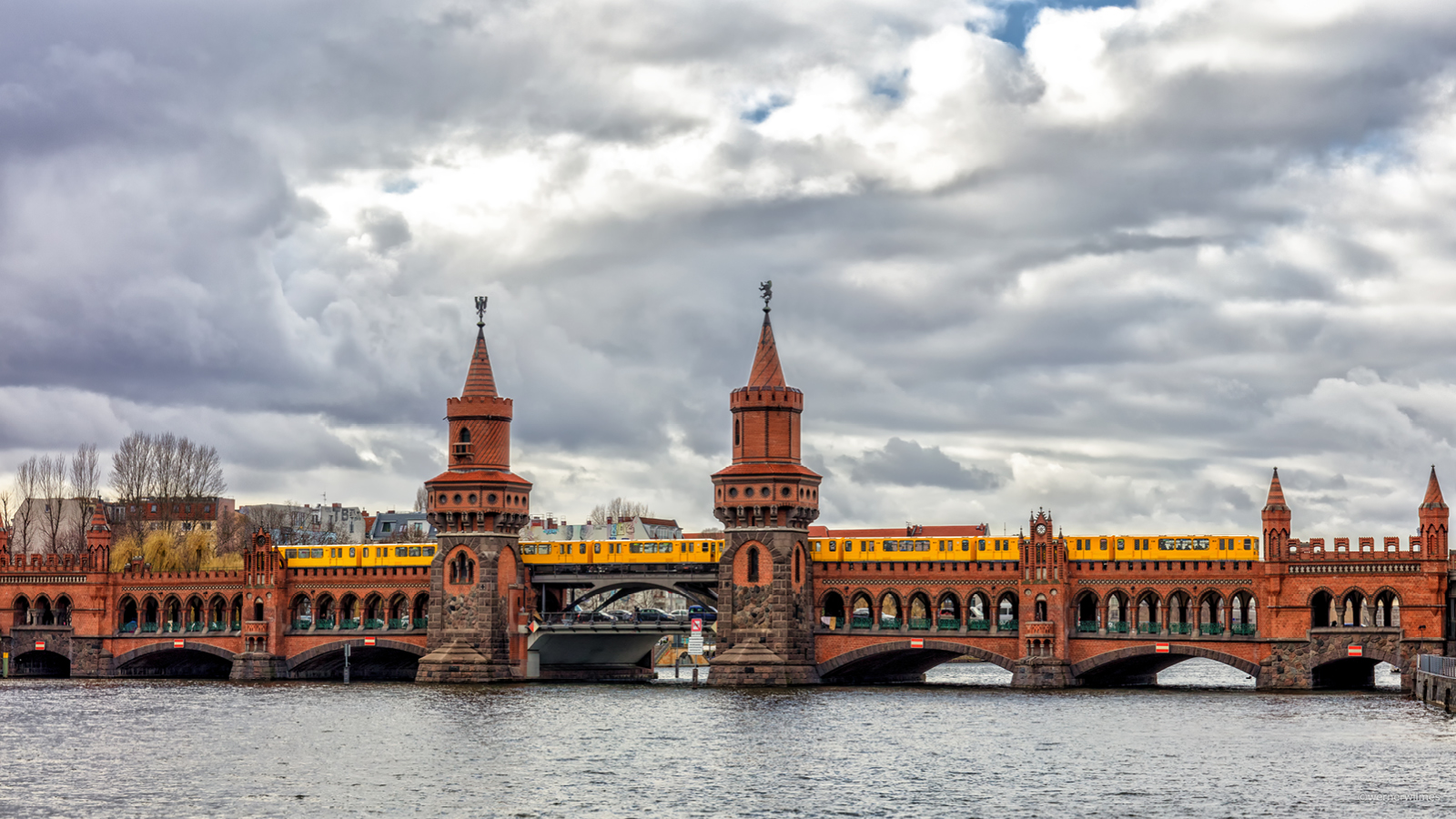 Alex liebt Berlin – Food & City Guide: Oberbaumbrücke