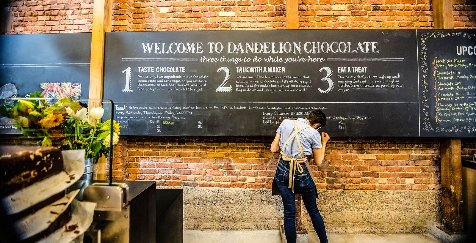 Genuss: Schokoholics können bei Dandelion eine Tour buchen und erleben das ganze Programm. Tipp: Besser reservieren, derLaden ist Kult